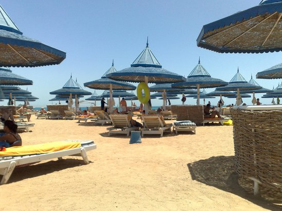 The Grand Hotel Hurghada: The beach