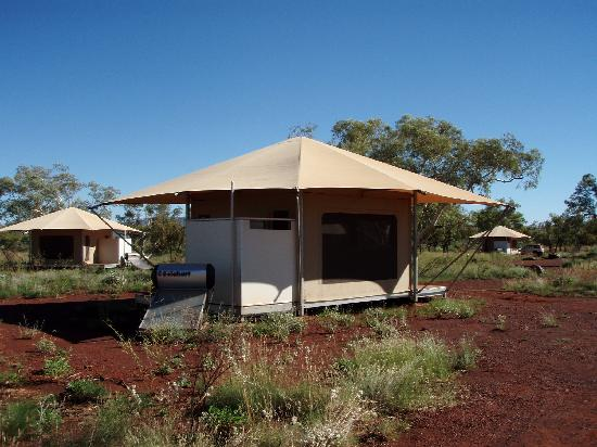 Karijini Eco Retreat: rear of tent - see outdoor bathroom (white panelled addition)