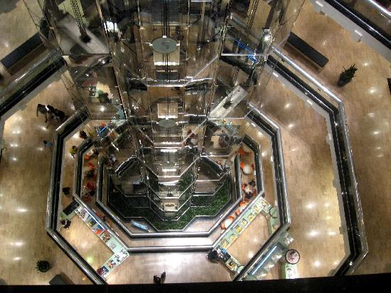Chicago, IL: Interior - Water Tower Place
