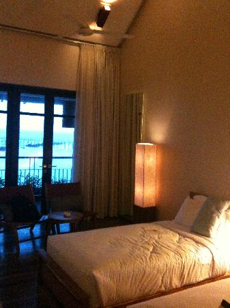 Turi Beach Resort: Bedroom
