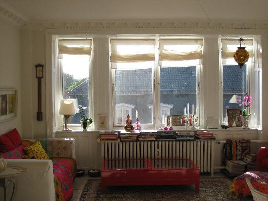 De La Cour Bed and Breakfast: Living room