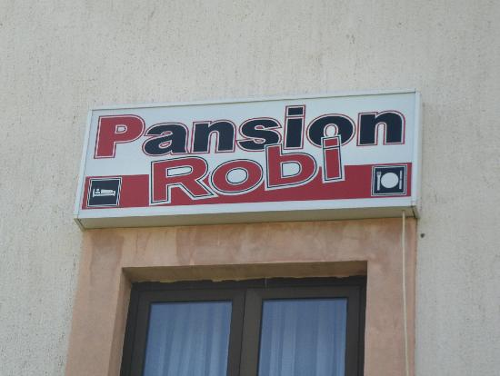 Guesthouse Pansion Robi Medjugorje: Easy to find with this sign on the house