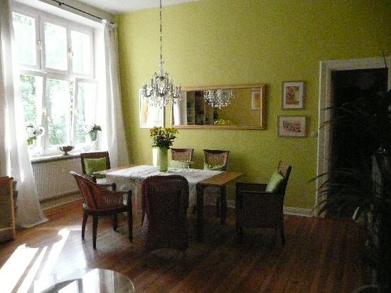 mittendrin: Breakfast room