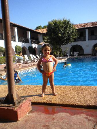 Hotel Playa de Cortes: ALBERCA