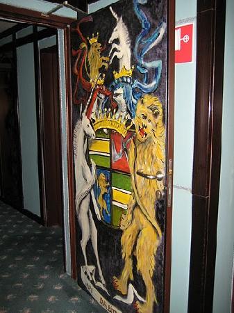 Hotel Neue Post: Best Western Neue Post - Hallway Door