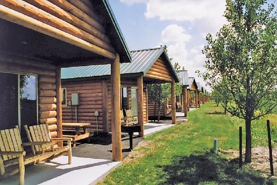 Frontier Cabins Motel: Frontier Cabins