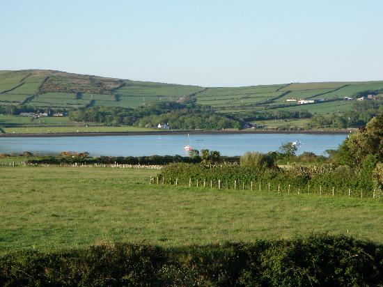 Brownes Bed & Breakfast Dingle: view out of window in the morning