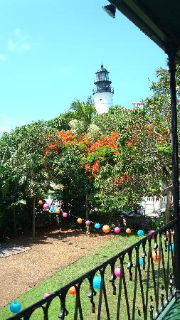 Azul Key West: View of lighthouse from Hemingway house