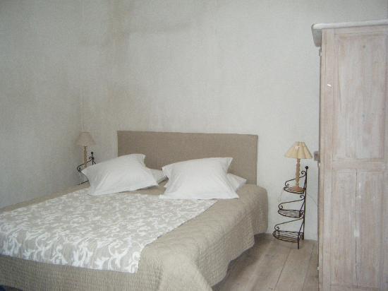 Une Maison en Toscane: Oh I miss that bed