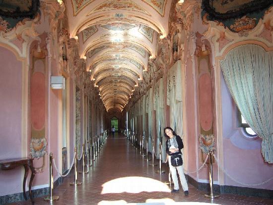 Pinacoteca Civica di Ascoli Piceno : 市立絵画館廊下