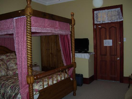 Greens of Leura Bed and Breakfast: Shakespeare room