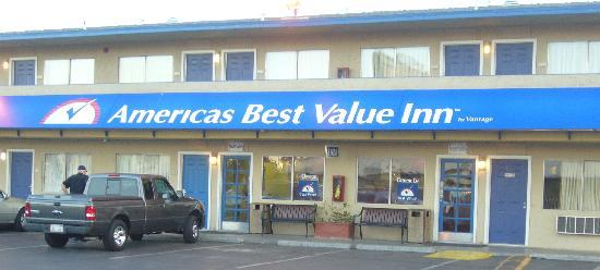 Americas Best Value Inn Las Vegas Hauptgebäude Rezeption