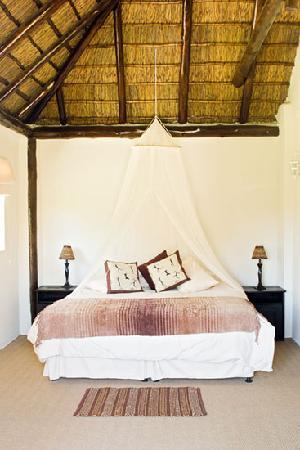 Carryblaire River Retreat: Typical Room Inside