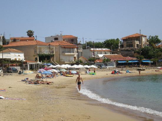 Lefktron Hotel: Stoupa beach