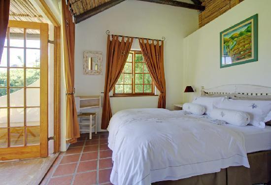 Fraai Uitzicht 1798: Luxury Garden Cottage Bedroom