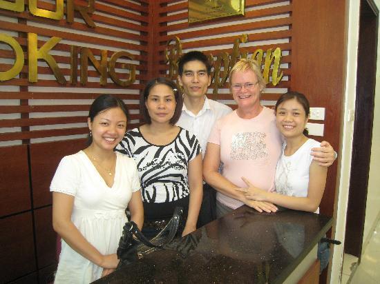 Hanoi Rendezvous Hotel : Friendly Staff plus me