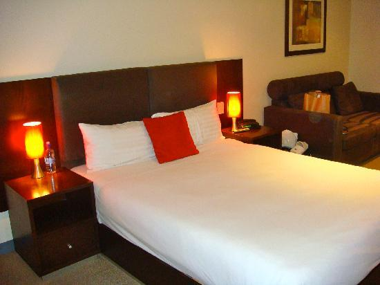 Mawson Lakes Hotel : Bedroom