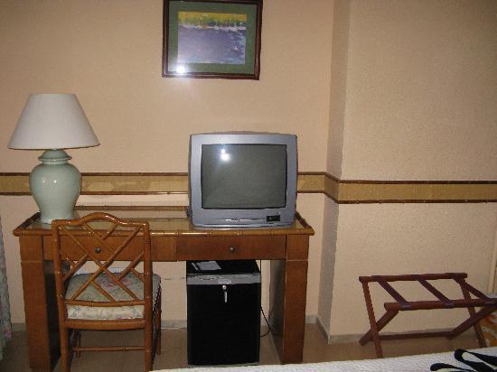 Hotel Intur Orange : une partie de la chambre