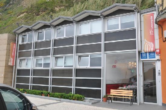 Hotel Punta Monpas : ホテル全景
