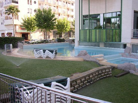 "Hotel Kaktus Albir: So-called ""pool"""
