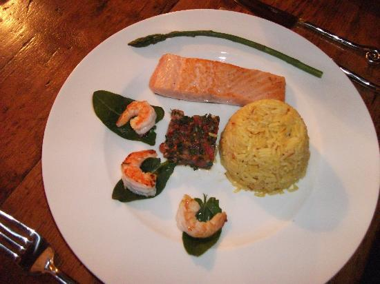 Skofja Loka, Slovenia: Yum ~ Keith's salmon main course