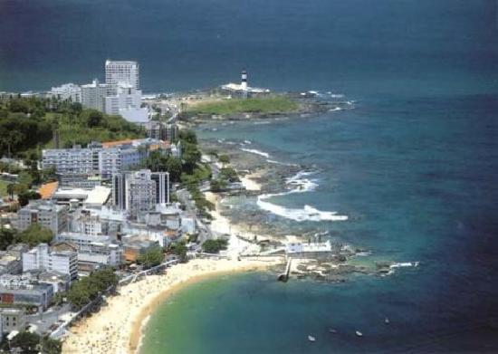 Mansion VillaVerde - Pousada & Vacation Rentals: Beach nearby