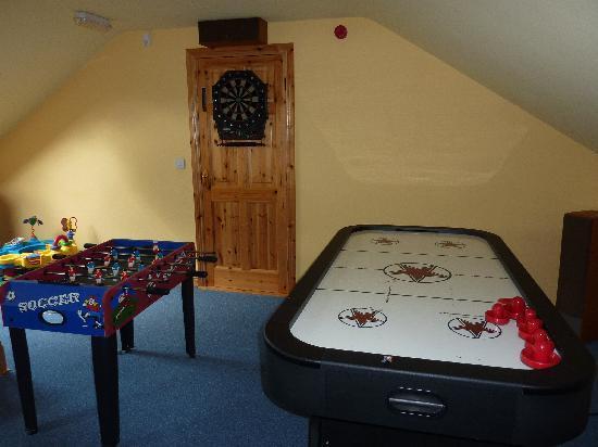 Monasteraden, Irlandia: Games in the Crows Nest