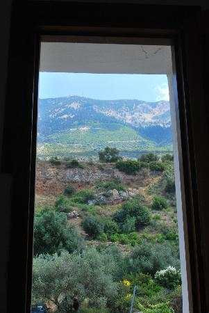 Hotel Lara: View from bathroom