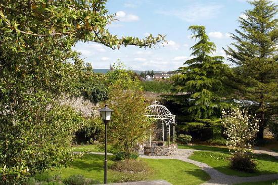 Castle Durrow: Gardens