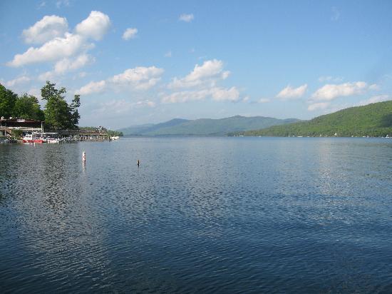 كواليتي إن ليك جورج: The Lake