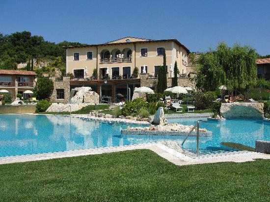 Tornos news two greek hotels top tripadvisor s all inclusive category another 4 in top 25 - Adler bagno vignoni hotel ...