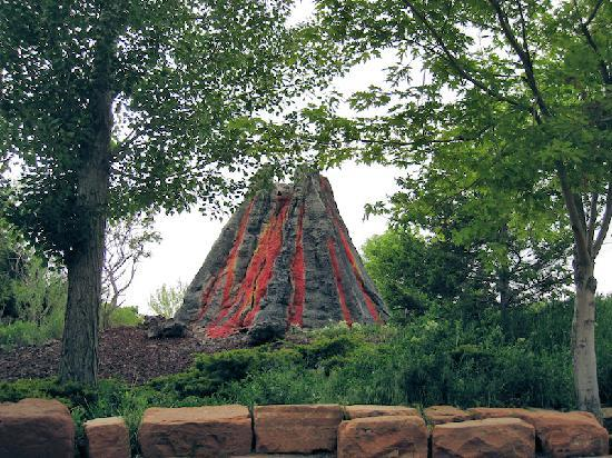 Ogden, UT: Kitschy Volcano