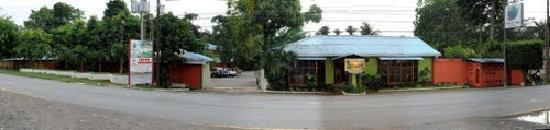 Hotel Puerto Libre: Fachada del Hotel