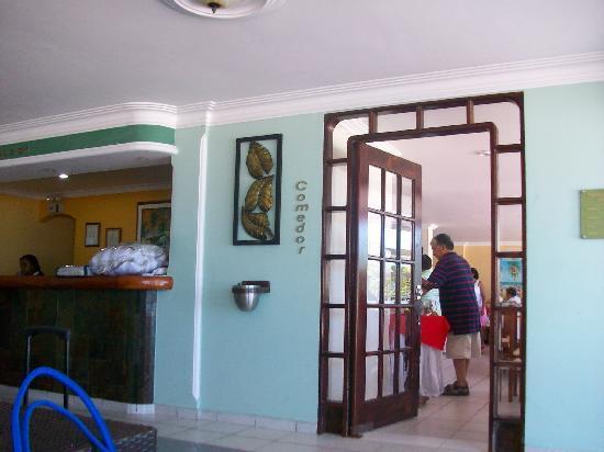 Hotel Bahia Sardina: Comedor