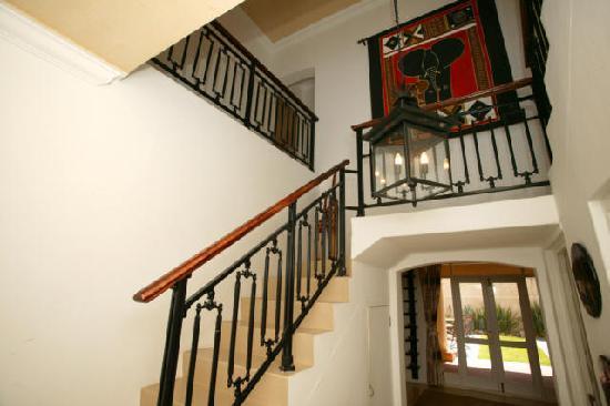 Villa Hout Bay Heights: Villa Staircase