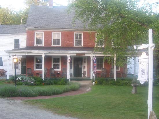 Birchwood Inn: Built in the 1700's!