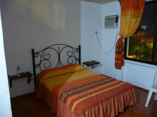 Hotel los Girasoles Cancun: chambre
