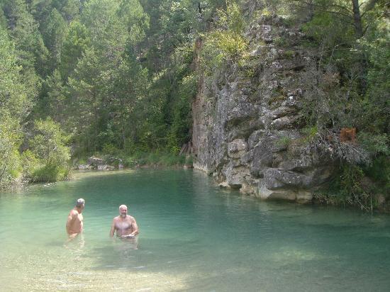 Hotel La Posada de Villalangua: el coronazo, una piscina natural