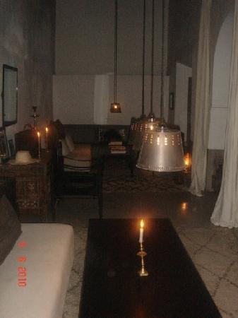 Zaouia 44: Le salon