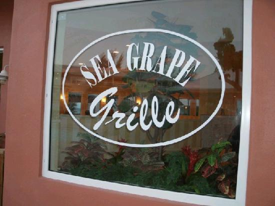 Island Seas Resort: Seagrape Grill