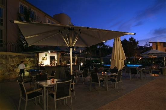 Hotel Isla Mallorca & Spa: Snack-Bar by the Pool