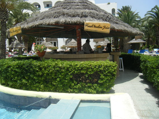 Marhaba Beach Hotel: the smoothie bar