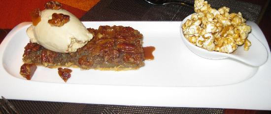 Fifty Two 80 Bistro : Pecan Pie