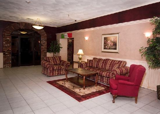 Presque Isle Inn & Convention Center : Lobby Area