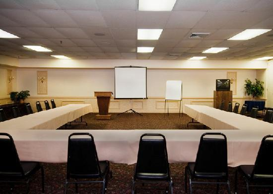 Presque Isle Inn & Convention Center: Meeting Room