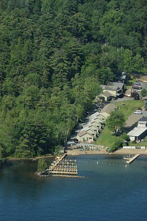 Lake George Diamond Cove Cottages