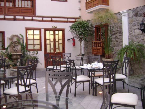 Hotel San Pedro de Riobamba: Backgrownd
