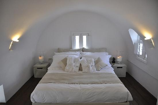 Aenaon Villas: bedroom loft