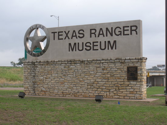 Texas Ranger Hall of Fame and Museum: Sign at museum