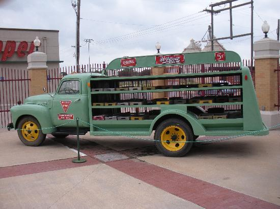 Dr Pepper Museum: Dr. Pepper truck